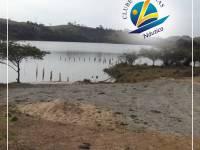 Rampa para barcos e vista para a represa