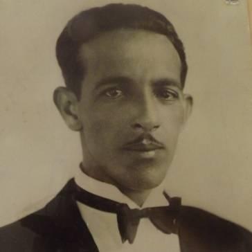 Dr. Newton Moura