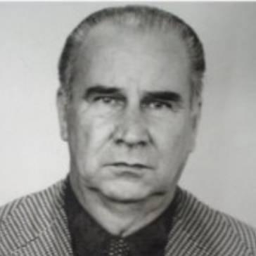 Dr. Armando Amaral de Souza